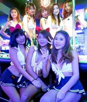 Pattaya girls in Windmill