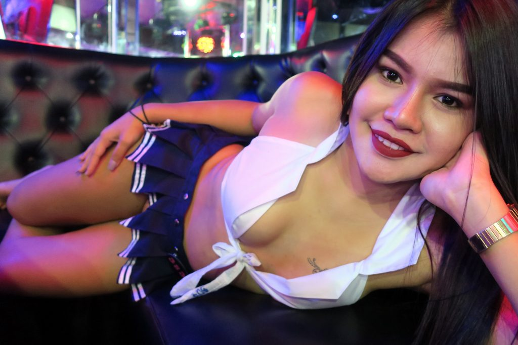 Pattaya agogo bar girl
